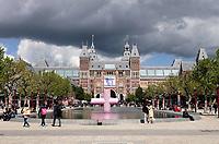 Nederland - Amsterdam - 2019.   Het Rijksmuseum aan het Museumplein.  Foto Berlinda van Dam / Hollandse Hoogte