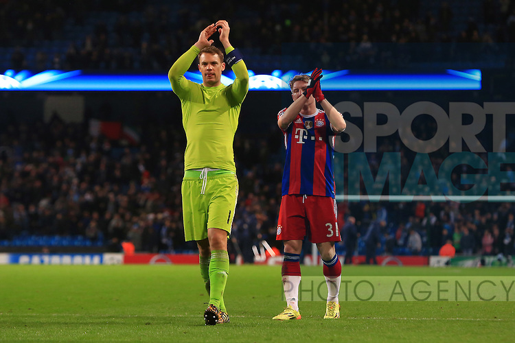 Manuel Neuer of Munich applauds fans - Manchester City vs. Bayern Munich - UEFA Champion's League - Etihad Stadium - Manchester - 25/11/2014 Pic Philip Oldham/Sportimage