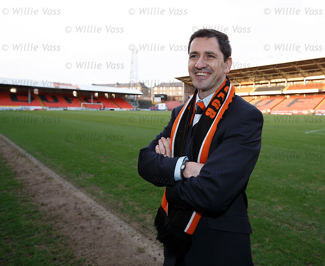 Jackie McNamara is unveiled as the new manager at Dundee Utd