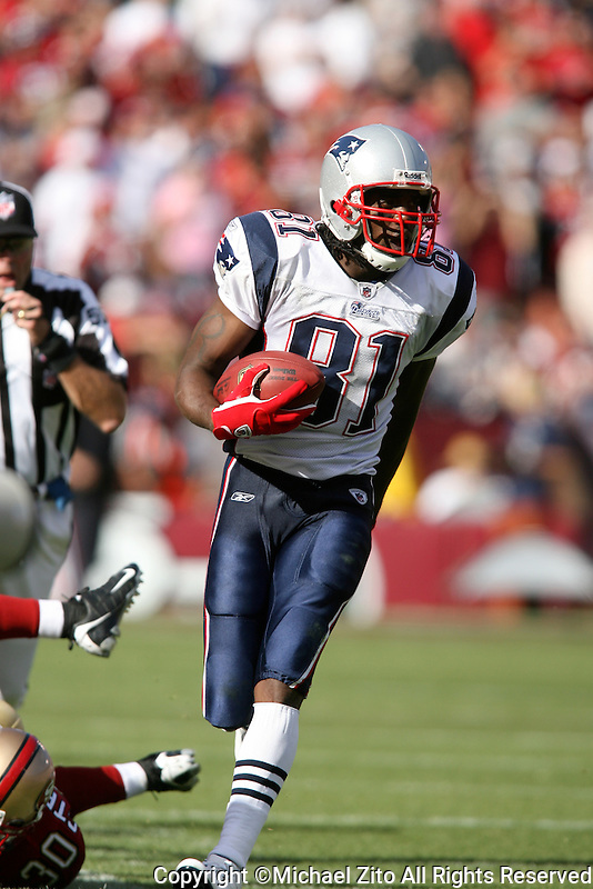 10/05/08 San Francisco, CA:  New England Patriots WR Randy Moss #81during an NFL game between the San Francisco 49ers and the New England Patriots played at Candelstick Park. The Patriots defeated the 49ers 30-21