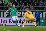02.11.2019, wohninvest WESERSTADION, Bremen, GER, 1.FBL, Werder Bremen vs SC Freiburg<br /> <br /> DFL REGULATIONS PROHIBIT ANY USE OF PHOTOGRAPHS AS IMAGE SEQUENCES AND/OR QUASI-VIDEO.<br /> <br /> im Bild / picture shows<br /> Davy Klaassen (Werder Bremen #30) vor <br /> Mark Flekken (SC Freiburg #26), <br /> <br /> Foto © nordphoto / Ewert