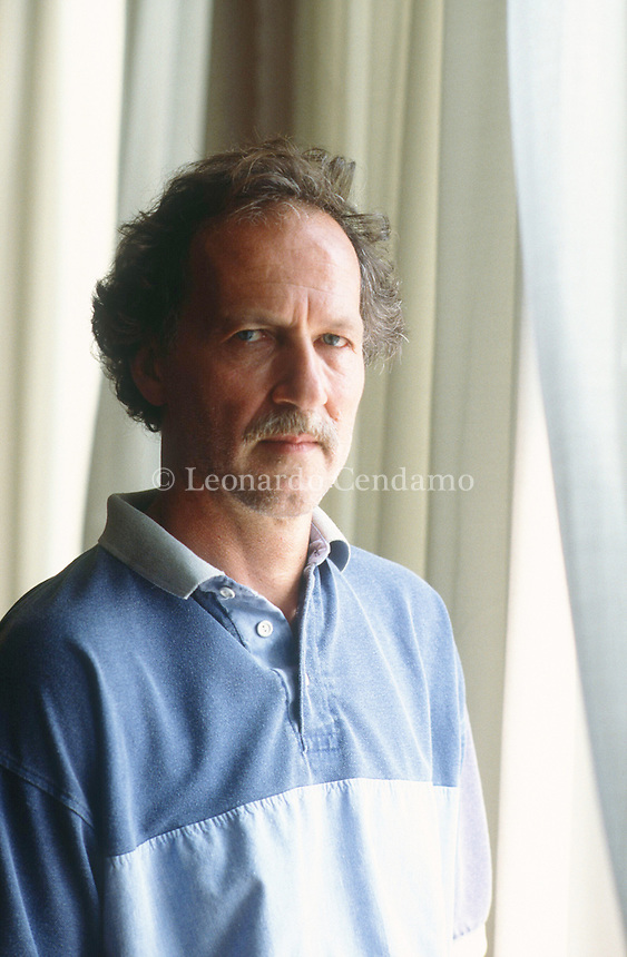 Werner Herzog è un regista, sceneggiatore, produttore cinematografico, scrittore e attore tedesco. Considerato tra i più importanti esponenti del cosiddetto Nuovo cinema tedesco, nonché uno dei massimi. Werner Herzog, Director: Grizzly Man. Director. Writer. Producer. Has studied history, literature and theatre, but hasn't finished it. Founded his own production .. Venezia, settembre 1991. © Leonardo Cendamo