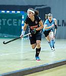 Almere - Zaalhockey  Amsterdam-HGC (v) . Joy Haarman (A'dam)    .  TopsportCentrum Almere.    COPYRIGHT KOEN SUYK