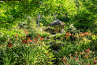 """France, Domaine de Chaumont-sur-Loire, Festival International des Jardins, Prés du Goualoup,  jardin """"Hualu, ermitage sur Loire"""" de Che Bing Chiu"""