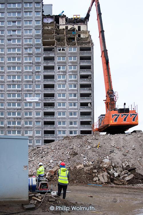 High reach demolition excavator,  Gloucester House, South Kilburn Estate.
