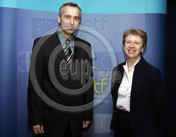 BRUSSELS - BELGIUM - 21 NOVEMBER 2006 -- The Governing Board meeting of the European Training Foundation (ETF). -- Ján FIGEL (Jan), EU-Commissioner in charge of Education, Training, Culture Multilingualism with Muriel DUNBAR Director of ETF. -- PHOTO: JUHA ROININEN / EUP-IMAGES