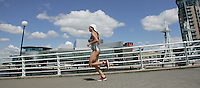 29 JUL 2007 - SALFORD, UK - Vanessa Fernandes - Salford ITU World Cup Triathlon. (PHOTO (C) NIGEL FARROW)