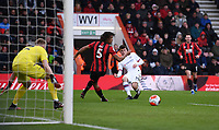 29th February 2020; Vitality Stadium, Bournemouth, Dorset, England; English Premier League Football, Bournemouth Athletic versus Chelsea; Mason Mount of Chelsea plays the ball across the goalmouth