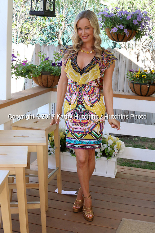"LOS ANGELES - APR 14:  Jennifer Gareis at the ""Home and Family"" Celebrates ""Bold and Beautiful's"" 30 Years at Universal Studios Back Lot on April 14, 2017 in Los Angeles, CA"