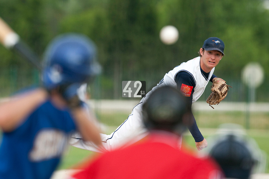 22 May 2009: Edouard Masse of Montpellier pitches against Senart during the 2009 challenge de France, a tournament with the best French baseball teams - all eight elite league clubs - to determine a spot in the European Cup next year, at Montpellier, France. Senart wins 7-1 over Montpellier.