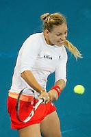 MADRI, ESPANHA, 07 DE MAIO DE 2012 - MUTUA MADRID OPEN - A tenista Angelique Kerber (de branco) enfrenta Venus Williams durante o Mutua Madrid Open 2012, em Madrid na capital da Espanha, nesta segunda-feira, 06. (FOTO: CESAR CEBOLLA / ALFAQUI / BRAZIL PHOTO PRESS).