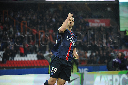 02.04.2016. Paris, France. French League 1 football. Paris St Germain versus Nice.  ZLATAN IBRAHIMOVIC (psg) celebrates his goal for PSG