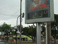 Rio de Janeiro (RJ) 22.09.2012. Clima /Tempo.<br />Hoje no primeiro dia da primavera o tempo é encoberto e chuvoso. temperatura deve variar entre 17c e 24c , no Rio de Janeiro. Foto: Arion Marinho /  Brazil Photo Press