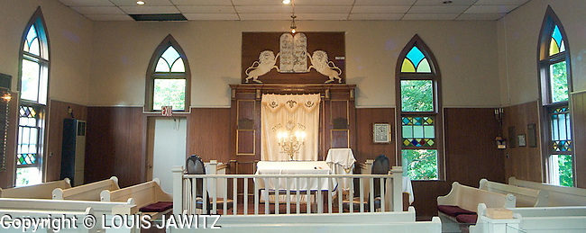 woodbourne  temple, woodbourne n.y.<br /> Synagogue religious pews stain glass<br /> torah ark pulpet ten commandments Orthodox synagogue menorah religions