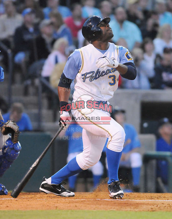 April 9, 2009: Outfielder Jason Heyward (34) of the Myrtle Beach Pelicans, Class A affiliate of the Atlanta Braves, hits on 2009 opening day at BB&T Coastal Field in Myrtle Beach, S.C. Photo by:  Tom Priddy/Four Seam Images