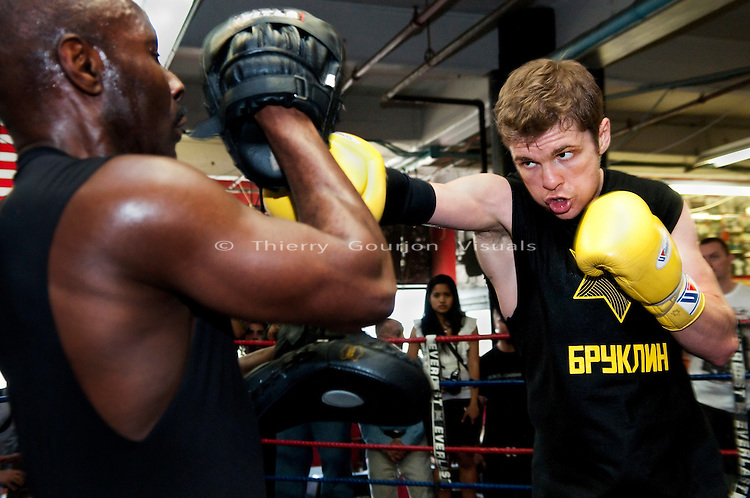 Brooklyn, NY, 05.25.10:  Yuri Foreman trains at Gleason's Gym during a media workout. He is preparing to defend his WBA belt against Miguel Cotto at Yankee Stadium on June 5th, 2010. Mandatory credit: Photo by Thierry Gourjon