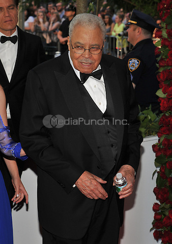NEW YORK, NY - JUNE 12: James Earl Jones at the 70th Annual Tony Awards at The Beacon Theatre on June 12, 2016 in New York City. Credit: John Palmer/MediaPunch