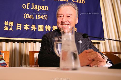 Alberto Zaccheroni, DECEMBER 16, 2013 - Football / Soccer : Italian Japan's national football team head coach Alberto Zaccheroni attends a press conference at Tokyo's Foreign Correspondents' Club of Japan, Tokyo, Japan.