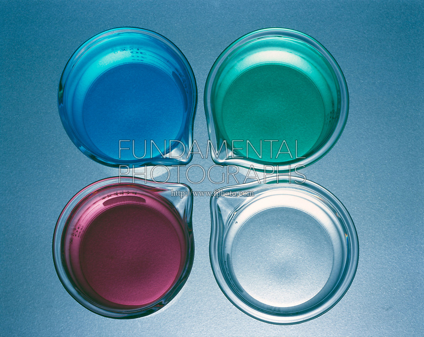 color and salt solution What is the color of fe3+ ions  in the case which salt's containt of their solutions is greater  the solution turns brown and you.