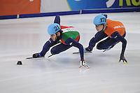 SHORT TRACK: DORDRECHT: Sportboulevard, 14-02-2016, ISU World Cup Short Track Final 2015/2016, Yuri Confortola (#21), Dennis Visser (#178), ©photo Martin de Jong