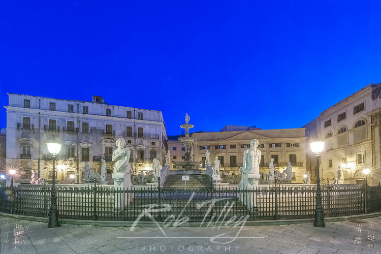 Europe, Italy, Sicily, Palermo, Piazza Pretoria at Dawn