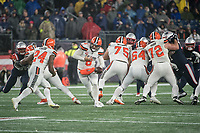 FOXBOROUGH, MA - OCTOBER 27: Cleveland Browns Quarterback Baker Mayfield #6 hands off to Cleveland Browns Runningback Nick Chubb #24 during a game between Cleveland Browns and New Enlgand Patriots at Gillettes on October 27, 2019 in Foxborough, Massachusetts.