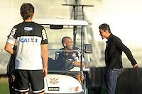 SAO PAULO, SP 12 MAIO 2013 - TREINO CORINTHIANS - O ex - jogador do Corinthians Paulinho, apareceu na tarde de hoje, 20, no Ct. Dr. Joaquim Grava, na zona leste de São Paulo. FOTO: PAULO FISCHER/BRAZIL PHOTO PRESS
