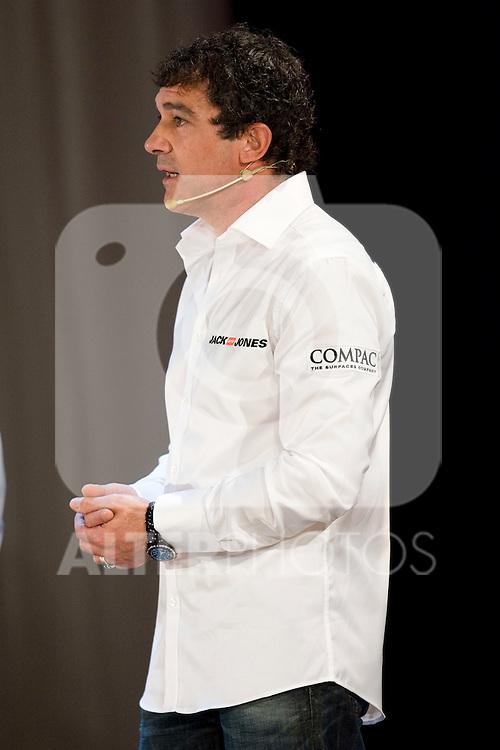 MADRID (05/04/2010).- Presentation of Team Jack&Jones by Antonio Banderas Racing at Teatro Compac Gran Via. Pictured Antonio Banderas...Photo: Cesar Cebolla / ALFAQUI.