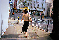UNITED KINGDOM / London / Borough of Southwark / May 2006..Street scene...© Davin Ellicson / Anzenberger