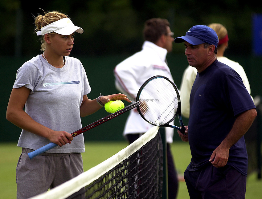 Photo: Richard Lane..DFS Classic Women's International Tennis at Edgebaston. 09/06/2003..Anna Kournikova with coach, Harold Solomon.