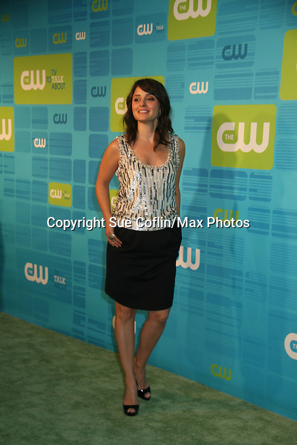 Shiri Appleby - Life Unexpected at The CW Upfront 2010 green carpet arrivals on May 20, 2010 at Madison Square Gardens, New York, New York. (Photo by Sue Coflin/Max Photos)
