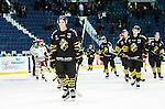 Stockholm 2014-09-27 Ishockey Hockeyallsvenskan AIK - Mora IK :  <br /> AIK:s Eric Norin deppar med lagkamrater efter matchen<br /> (Foto: Kenta J&ouml;nsson) Nyckelord:  AIK Gnaget Hockeyallsvenskan Allsvenskan Hovet Johanneshovs Isstadion Mora MIK depp besviken besvikelse sorg ledsen deppig nedst&auml;md uppgiven sad disappointment disappointed dejected