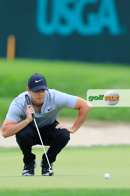 Rory McIlroy (NIR) lines up his putt on the 4th green during Thursday's Round 1 of the 2016 U.S. Open Championship held at Oakmont Country Club, Oakmont, Pittsburgh, Pennsylvania, United States of America. 16th June 2016.<br /> Picture: Eoin Clarke | Golffile<br /> <br /> <br /> All photos usage must carry mandatory copyright credit (&copy; Golffile | Eoin Clarke)