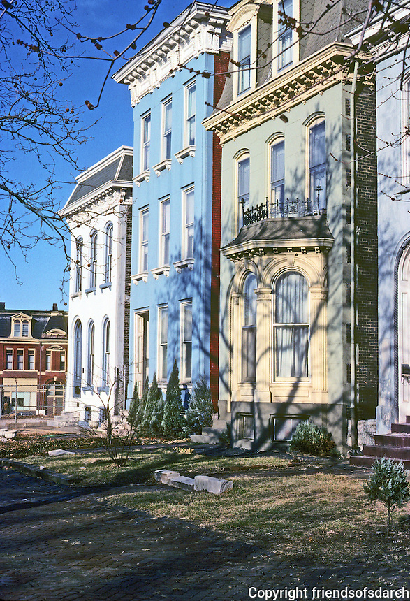 St. Louis: Houses, Mississippi St.  Lafayette Park. Photo '77.