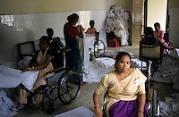 "S?dasien Asien Indien IND Madras , Life help center fuer behinderte Menschen , Frauen arbeiten in Waescherei  - Behinderung behindert Behinderte Krankheit Krankheit Gesundheit Gesundheitssystem Patient Patienten Armutsbekaempfung Armut Hilfe Betreuung humanitaere aerztliche Versorgung Inder indisch xagndaz | .South Asia India Chennai , life help center for handicapped people  - health illness sickness aid poor social system disabled handicap physical .| [ copyright (c) Joerg Boethling / agenda , Veroeffentlichung nur gegen Honorar und Belegexemplar an / publication only with royalties and copy to:  agenda PG   Rothestr. 66   Germany D-22765 Hamburg   ph. ++49 40 391 907 14   e-mail: boethling@agenda-fototext.de   www.agenda-fototext.de   Bank: Hamburger Sparkasse  BLZ 200 505 50  Kto. 1281 120 178   IBAN: DE96 2005 0550 1281 1201 78   BIC: ""HASPDEHH"" ,  WEITERE MOTIVE ZU DIESEM THEMA SIND VORHANDEN!! MORE PICTURES ON THIS SUBJECT AVAILABLE!! INDIA PHOTO ARCHIVE: http://www.visualindia.net ] [#0,26,121#]"