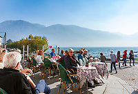 Switzerland, Ticino, Ascona at Lago Maggiore: seaside café at promenade Piazza Giuseppe Motta | Schweiz, Tessin, Ascona am Lago Café und Eisdiele an der Promenade Piazza Giuseppe Motta