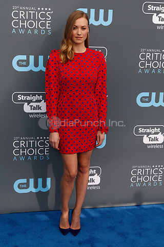 Yvonne Strahovski attends the 23rd Annual Critics' Choice Awards at Barker Hangar in Santa Monica, Los Angeles, USA, on 11 January 2018. Photo: Hubert Boesl - NO WIRE SERVICE - Photo: Hubert Boesl/dpa /MediaPunch ***FOR USA ONLY***