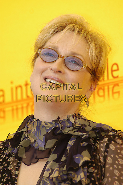 MERYL STREEP.61st Venice Film Festival.September 2nd, 2004.headshot, portrait, sunglasses, shades, ruffled collar.www.capitalpictures.com.sales@capitalpictures.com.© Capital Pictures.