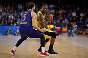 8th December 2017, Palau Blaugrana, Barcelona, Spain; Turkish Airlines Euroleague Basketball, FC Barcelona Lassa versus Fenerbahce Dogus Istanbul; James William Nunnally of Fenerbahce Dogus istanbul dribbles against Pau Ribas of FC Barcelona