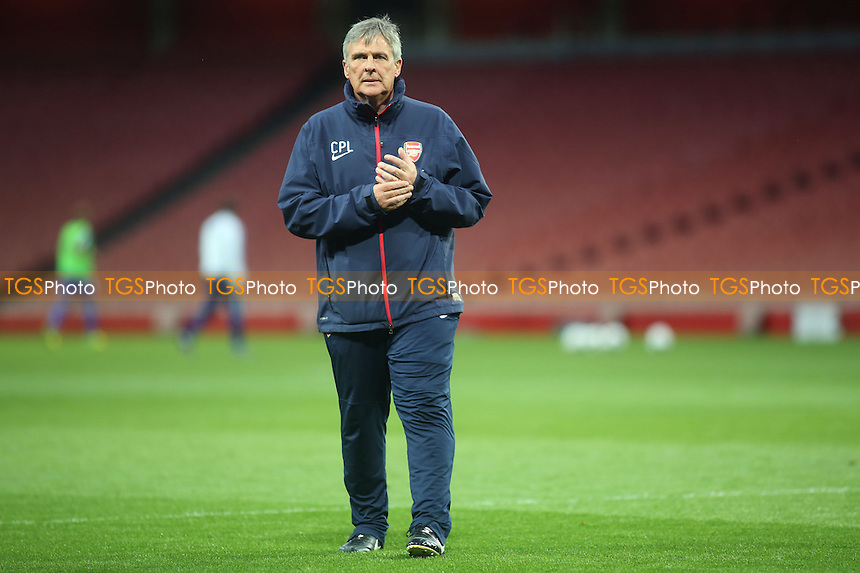 Carl Laraman, Arsenal Manager - Arsenal Youth vs Chelsea Youth - FA Challenge Youth Cup Semi-Final 2nd Leg Football at the Emirates Stadium, London - 17/04/14 - MANDATORY CREDIT: Paul Dennis/TGSPHOTO - Self billing applies where appropriate - 0845 094 6026 - contact@tgsphoto.co.uk - NO UNPAID USE