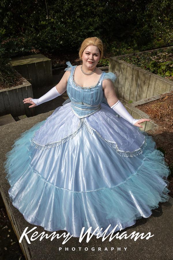 Disney Cinderella Cosplay by Alice Hymn, Emerald City Comicon, Seattle, Wa.