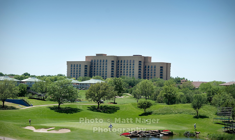The Four Seasons Resort and Spa as seen from the resort's golf course in Irving, Texas, Sunday, May 2, 2010. Four Seasons couldn't abstain from cost cutting in this downturn as it had in previous recessions because the worst hotel market in decades left the company last year with a 26% decline in revenue per available room in the U.S. Similarly, its occupancy fell to 57% from its usual perch above 70%...CREDIT: Matt Nager for The Wall Street Journal.CREDIT: Matt Nager for The Wall Street Journal