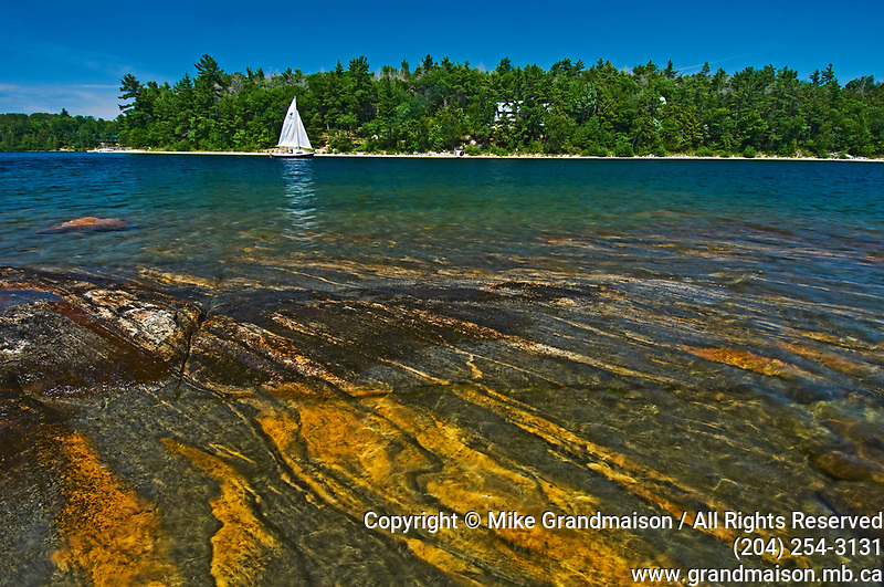 sailing on Carliong Bay<br />Parry Sound<br />Ontario<br />Canada