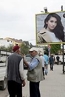 Tabarka, Tunisia, 18 Settembre 2018<br /> anziani in strada