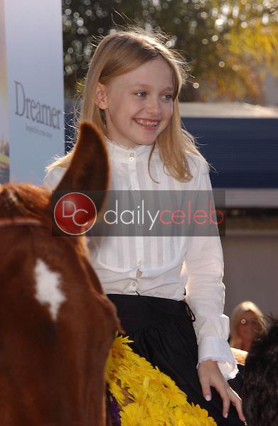 "Dakota Fanning<br /> at the premiere of ""Dreamer"", Mann Village Theatre, Westwood, CA 10-09-05<br /> David Edwards/DailyCeleb.Com 818-249-4998"