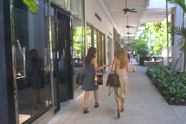 Shoppers, Bal Harbour Mall, Florida