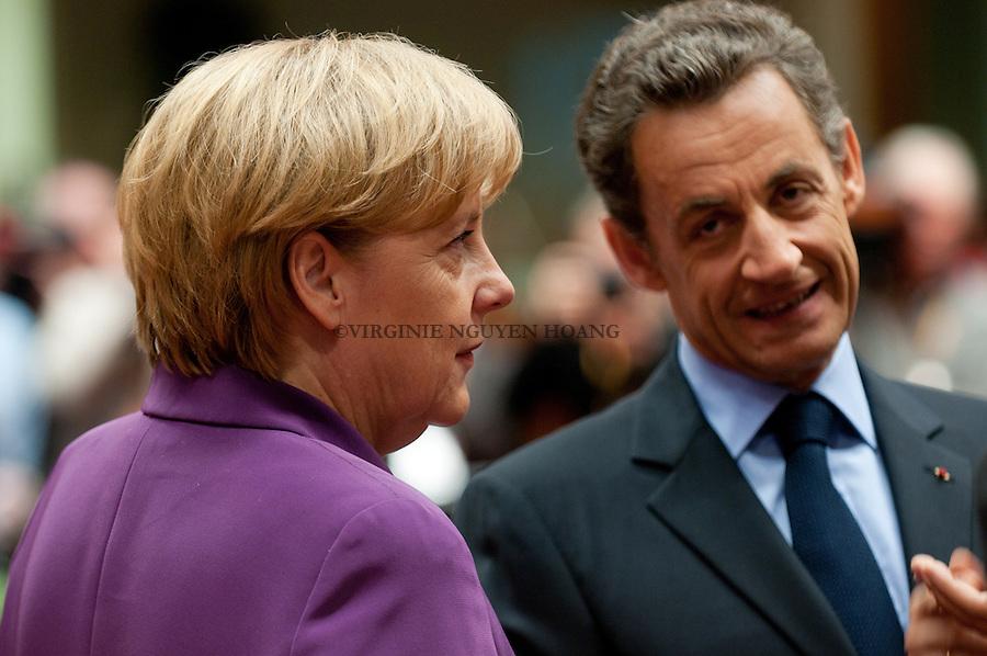 Nicolas Sarkozy, président français et Angela Merkel, chancelière allemande,au tour de table du Sommet europeen, Bruxelles...Nicolas Sarkozy, President of France and Angela Merkel, Federal Chancellor, at the round table of the European summit in Brussels