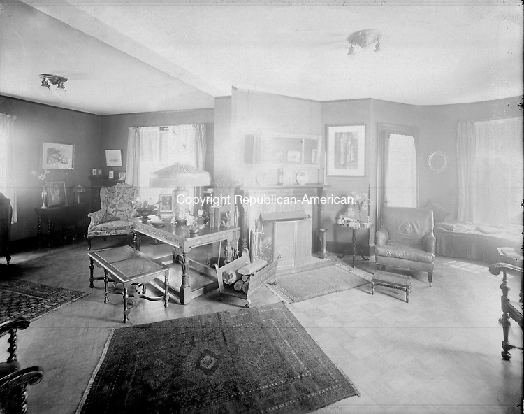 Frederick Stone negative. DeMott Home May 21, 1899.