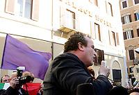 Il deputato di Futuro e Liberta' Fabio Granata interviene alla manifestazione indetta dal Popolo Viola contro la votazione sul conflitto di attribuzione sul caso Ruby e la legge sulla prescrizione breve, in discussione alla Camera dei Deputati, Roma, 5 aprile 2011..UPDATE IMAGES PRESS/Riccardo De Luca