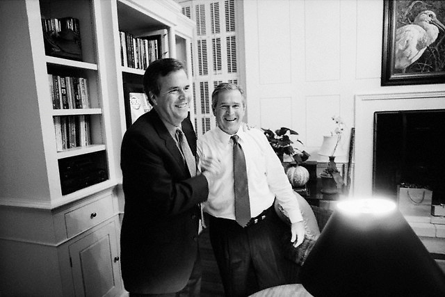 November 7-November 8, 2000, Austin, Texas, USA --- Republican presidential candidate George W. Bush (right) awaits the poll results with his brother, Jeb Bush. They are relaxing in the Governor's Mansion in Austin, Texas, on Election Day, 2000. --- Image by © Brooks Kraft/Sygma/Corbis